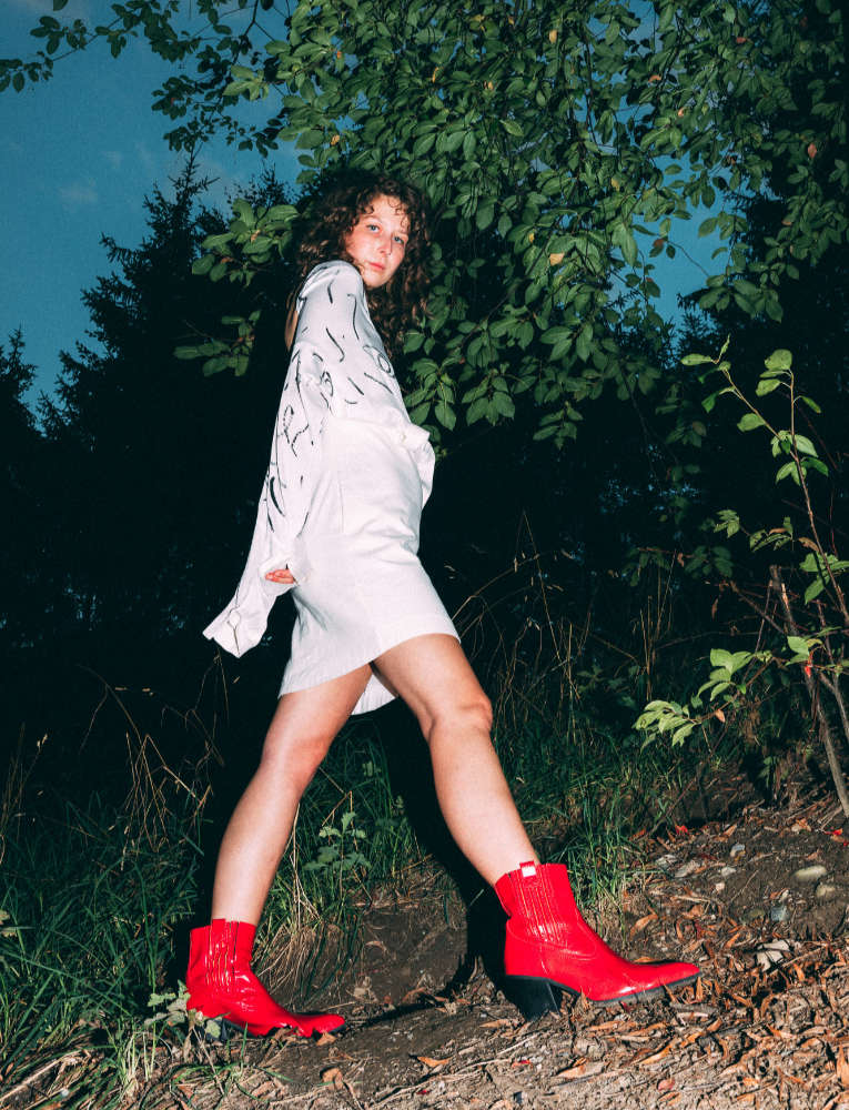 fashion model red boots